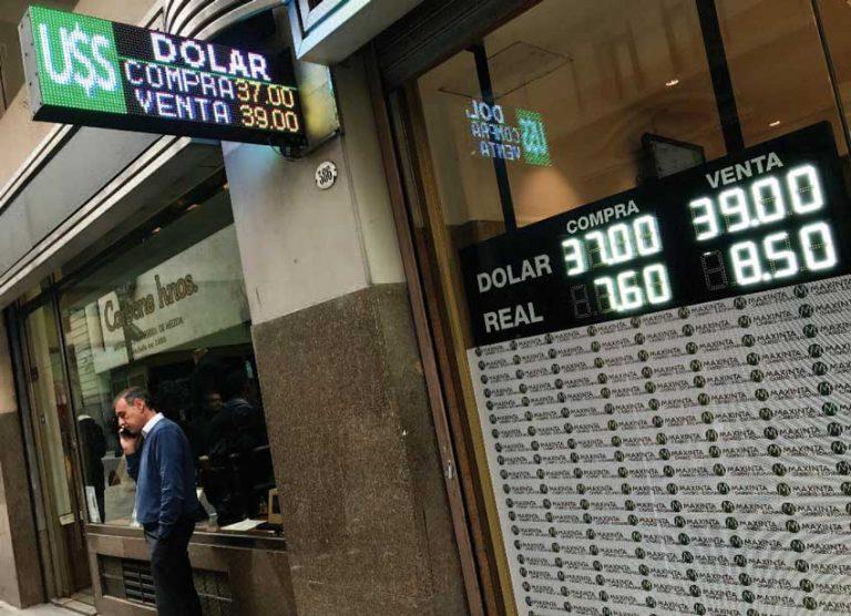 La devaluación no soluciona los problemas de la Argentina