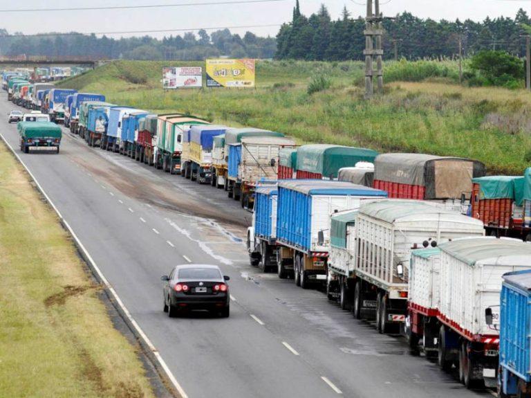Incrementa el número de camiones con maíz a puertos del Gran Rosario