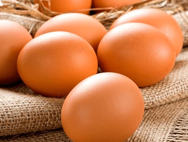Calidad externa del huevo: factores relacionados al color de cáscara