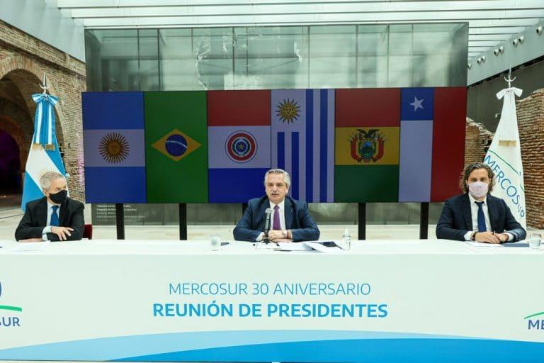 Por los controles de cambios y menos inversión, la Argentina pierde exportaciones Brasil